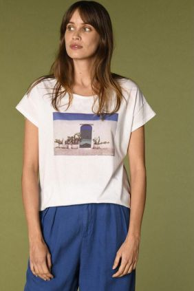 Comprar online Camiseta Quillian Harris Wilson en color blanco estampada
