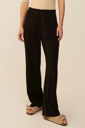 Comprar online Pantalón Phillipa black Mbym Mujer Pierna Ancha